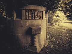 Grave of Heinrich Pfhler | Waldbachfriedhof | Offenburg | Oktober 2014 (Roland C. Vogt) Tags: graveyard canon offenburg g1x waldbachfriedhof