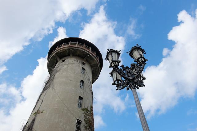 水の塔 12
