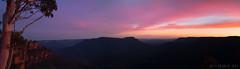 jamison valley sunset (benpearse) Tags: november blue red 3 mountains beautiful sisters three glow photographer ben australian australia panoramic valley nsw jamison katoomba sunet 2014 pearse