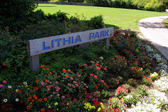 "Lithia Park sign with flowers below • <a style=""font-size:0.8em;"" href=""http://www.flickr.com/photos/34843984@N07/15546078245/"" target=""_blank"">View on Flickr</a>"