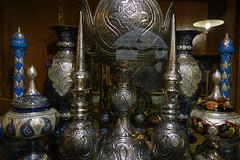 Objetos metálicos Bazar de Isfahán Irán 15 (Rafael Gomez - http://micamara.es) Tags: de iran metallic persia objetos bazaar ایران bazar isfahan irán بازار اصفهان isfahán فلزی metáalicos
