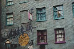 Diagon Alley (c a r o l i n e*) Tags: orlando witch wizard magic harrypotter hogwarts hogsmeade diagonalley knockturnalley wizardingworldofharrypotter