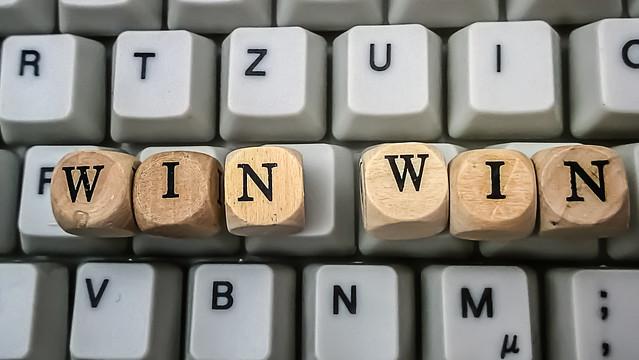 ウインウインの意味・同義語/言い換え・ウインウイン関係の例