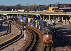 """Eastbound Intermodal in Kansas City, MO (""""Righteous"""" Grant G.) Tags: up union pacific southern sp espee locomotive ge power kansas city missouri east eastbound double stack container intermodal freight station signal patch"""
