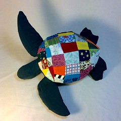 Finished sea turtle #sewing #patchwork #fabric #planar #3dart #3ddesign #seaturtle #quilt #art (webloreArt) Tags: art sewing patchwork fabric planar 3dart 3ddesign seaturtle quilt