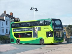 Vectis - 1616 - HJ16HSF (Waterford_Man) Tags: 1616 hj16hsf scania vectis ryde enviro400