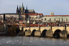 Prague, Czech Republic. (廖法蘭克) Tags: czechrepublic cz czech prague 6d vacation friends frank photographer photography photograph weekend cold christmas trip relax 捷克 布拉格 聖誕節 charlesbridge charles bridge 查理大橋 metropolitancathedralofsaintsvitus church 聖維特主教座堂 canonef70200mmf4lisusm sunny river city rivercity 伏爾塔瓦河 vltava moldau canon