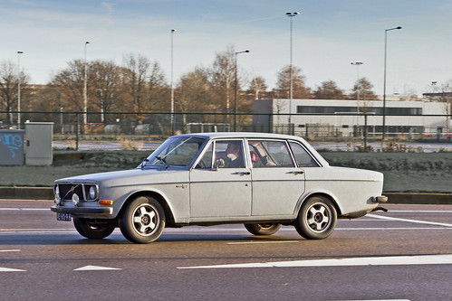 VOLVO 144 S 1971 (5581)