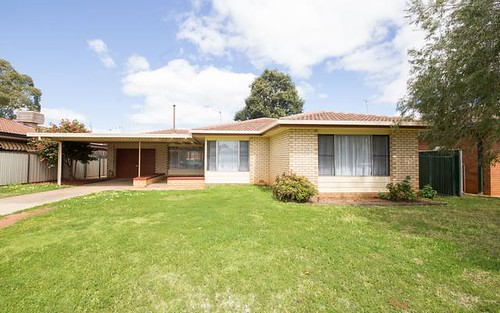25 Beveridge Crescent, Dubbo NSW 2830