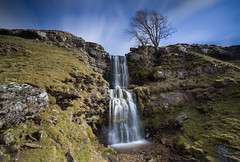 An Eye on the Weather (Justin Cameron) Tags: yorkshiredales wharfedale leegraduatedfilter water ndfilter le canon5dmkiii canon crayfalls rocks longexposure cray waterfall cowclosewaterfall motion cowclosegill leebigstopper lee neutraldensity