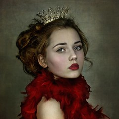 Red Queen ('_ellen_') Tags: red queen portrait woman girl child feathers boa crown hair green profile