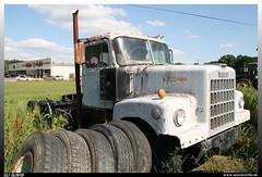 White 4000 (uslovig) Tags: truck lorry camion lkw lastwagen lastkraftwagen zugmaschine tractor white mississippi mi usa 4000 junk yard schrottplatz schrott alt old hauber conventional rosedale