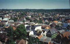 Itzehoe Ost (Fotofabrik Itzehoe) Tags: 35mmdiafilm 35mmnegative fotoeigenschaften scans itzehoe retro hindenburgstrase hohe strase coriansberg kaiserstrase