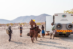 Carrying 3959 (Ursula in Aus) Tags: africa himba himbavillage namibia otjomazeva