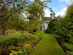 20170415_114634 (dkmcr) Tags: ruffordoldhall nationaltrust tudor heritage history lancashire daytrip attraction tourist rufford 15th april 2017 building landscape scenery