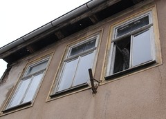 Rusty relic (:Linda:) Tags: abandoned window germany three town open thuringia peelingpaint flagholder hildburghausen