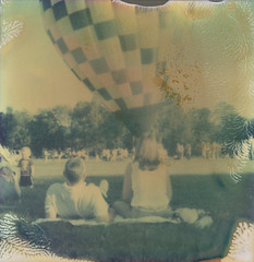 (abdukted1456) Tags: ny newyork hot festival polaroid sx70 air greenwich balloon integral sonar expired tz expiredfilm onestep atz instantfilm polaroidweek roidweek artistictimezero tzartistic