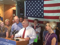 Rep. Matt Hudson praises Governor Scott at a campaign rally