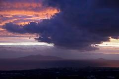 Zeus celoso de la Aurora (ramosblancor) Tags: pink cloud naturaleza nature landscape island dawn marine mediterranean fingers rosa paisaje santorini greece amanecer grecia zeus aurora dedos isla nube marino mediterráneo jealous