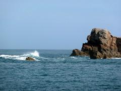 Plougrescant (sebastienbonnin25) Tags: ocean blue sky cloud mer france nature rock landscape wave bretagne vague rochers