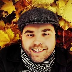 Autumn #selfie (Toni Kaarttinen) Tags: park autumn boy man guy fall smile hat smiling scarf suomi finland square beard goatee helsinki finnland foliage cap squareformat mapletree helsingfors eyebrows bulevardi scruffy scruff finlandia フィンランド finlande ruttopuisto finlândia finnország finlanda finlàndia финляндия finnlando iphoneography فنلندا instagramapp uploaded:by=instagram foursquare:venue=4bd02eef9854d13aa735f74d