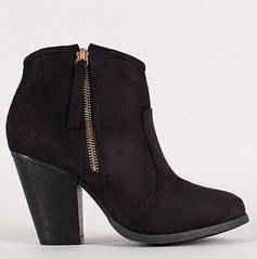 "zipper chunky heel ankle bootie blk • <a style=""font-size:0.8em;"" href=""http://www.flickr.com/photos/64360322@N06/15372886688/"" target=""_blank"">View on Flickr</a>"
