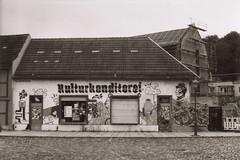 Kulturkonditorei (n0core) Tags: bw film analog 35mm ddr expired altstadt nordhausen praktica gdr wolfen panchromatic orwo np20 kulturkonditorei amaltentor