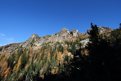 North Cascades (Shutterbug Fotos) Tags: autumn color colour fall nature beautiful beauty scenic washingtonstate northcascades mountainloophighway highway20