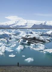 Jkulsrln Iceland (www.artravelling.it) Tags: travel blue ice canon lago iceberg jkulsrln ghiaccio 2014 5dmarkii