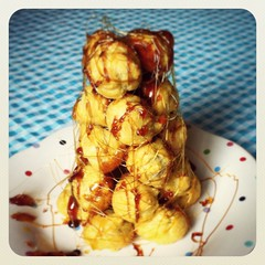 Chocolate filled Croquembouche (Cake Time) Tags: caramel chouxpastry chocolatesauce croquembouche profiteroles homebaking spuncaramel chocolatecremepatisserie