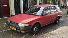 Toyota Corolla 1.3 XL Wagon (sjoerd.wijsman) Tags: auto red holland cars netherlands car wagon break estate nederland thenetherlands delft voiture toyota holanda rood paysbas combi turnier kombi corolla olanda stationwagon fahrzeug niederlande zuidholland toyotacorolla onk carspotting redcars estatecar stationcar carspot corollawagon toyotacorollawagon xh38zp sidecode4