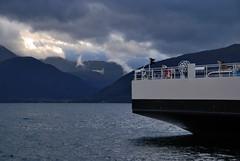 Gltt i det fjerne -|- Peep in sky (erlingsi) Tags: sky ferry himmel fjord peep oc paysage skyer ferge erlingsivertsen gltt maritimeimpression