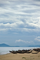 (Hdpsp) Tags: sea sky beach clouds boat asia vietnam shore monsoon fareast hu