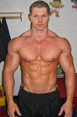 fd3 (davidjdowning) Tags: men muscles muscle muscular bodybuilding buff bodybuilder biceps