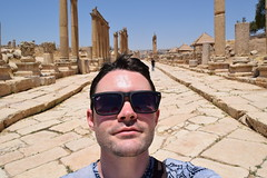 Me in Jerash (Keith Mac Uidhir  (Thanks for 3.5m views)) Tags: city history archaeology architecture greek ancient ruins roman jordan classical jerash jordanian jordanien jordanie antiquity grecoroman  gerasa  urdun jarash  jordani rdn jordnia    yordania  hordan  iordania   hordania jordnsko