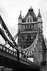 LOTI-102011_228R-BYN_FLK (Valentin Andres) Tags: bw blackwhite blancoynegro bridgetower byn london londres blackandwhite bridge city detalle puente torre wow tower