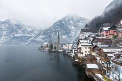 Hallstatt Lake (就是任) Tags: canon eos 5dmarkiii ef1635mmf28lii 喜鴻假期 雪景 austria hallstatt lake 風景 歐洲 小鎮 城市
