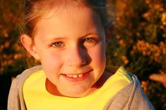 Portrait (bobroy20) Tags: portrait fille france kid child enfant enfance sourire bretagne