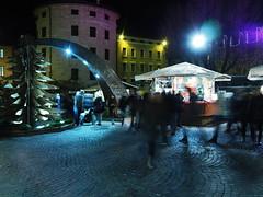 Trento_161219_PC194129_1718 (Paolo Chiaromonte) Tags: olympus omdem5markii micro43 paolochiaromonte mzuikodigital17mm118 trento trentino italia italy notturno nightshot handheld nocturnes travel