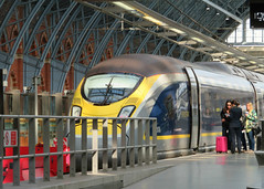 Class 374, 374008 (Stuart Axe) Tags: class374 374008 eurostar siemens hst highspeedtrain siemensvelaro london uk england stpancras victorian train emu railway gb servicetrain unitedkingdom greatbritain stpancrasinternational trains rail railways electricmultipleunit 4008 siemensag