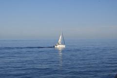 sailing (alfonsovalgar) Tags: playa paseo marítimo torremolinos fujifilm xt2