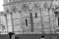 Torre de Pisa (1) (José M. Arboleda) Tags: blancoynegro monocromático torre inclinada pisa italia eos 5d markiii ef24105mmf4lisusm jose arboleda josémarboledac