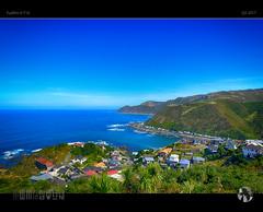 Owhiro Bay (tomraven) Tags: bay blue bluesky bluesea coast coastal coastline owhirobay wellington tomraven aravenimage q22017 fujifilm xt10