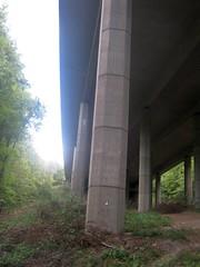 Brückenpfeiler der A45 (christophrohde) Tags: brückenpfeiler a45 dortmund dortmunderstadtwald nrw