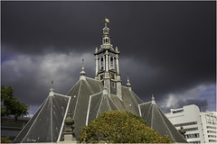 Spui kerk / Den Haag 2014 (zilverbat.) Tags: world travel autumn roof wallpaper sky sun church nature dutch clouds lights europe chinatown wind god cityhall postcard herfst nederland dramatic wolken sunny denhaag visit unesco elements pancake nl 40mm lucht centrum thehague stadhuis spui herfstkleuren dak 2014 najaar torenspits hofstad denieuwekerk jaargetijde herfstweer spuikerk elvinhagekpnplanetnl weertype