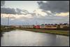 25-10-2014, Heemskerk, LC 9906 + Coevordenshuttle + BE E01 (Koen langs de baan) Tags: hk windmill nikon eisenbahn 01 shuttle be co coevorden heemskerk maersk kfh 9906 locon 50587 bentheimer omleiding d7000 coevordenshuttle cokfh