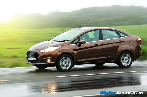 2014-Ford-Fiesta-Long-Term-03