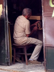Marceneiro (PortalJornalismoESPM.SP) Tags: sãopaulo madeira vilamadalena móvel becodobatman marceneiro