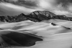 Cleveland Peak, Great Sand Dunes NP (tyil.pics) Tags: shadow blackandwhite bw mountain clouds nationalpark colorado greatsanddunes sanddunes nikond810