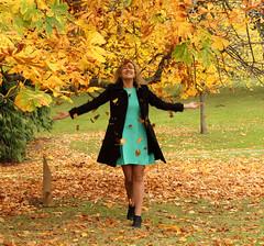 (roger g1) Tags: autumn castle beauty model friend aberdeenshire jura banchory crathes